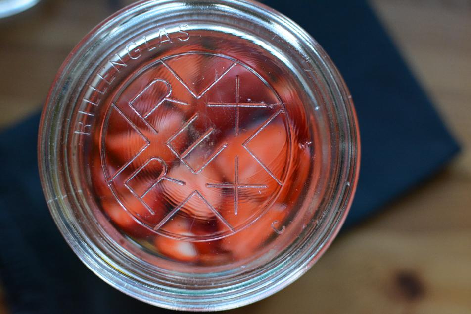 Erdbeeren Essig selbermachen