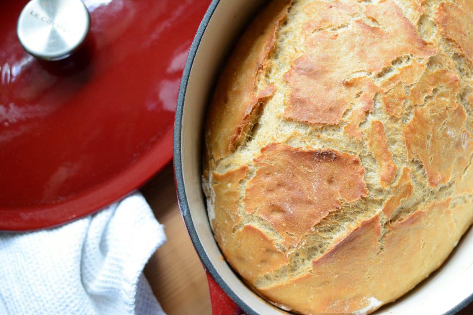 Brot mit Erdäpfeln und Bier