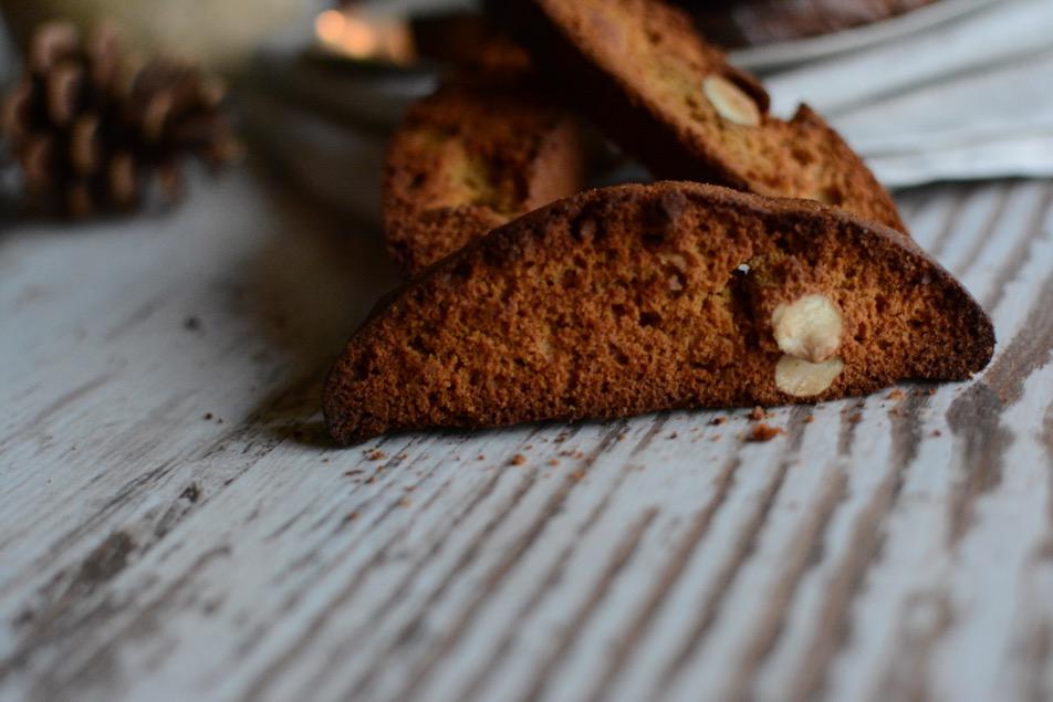 Lebkuchen Cantuccini mit Zimt und Kardamom