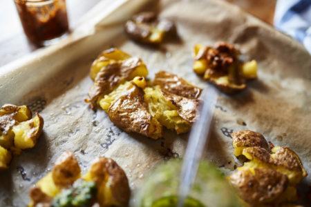 Smashed Potatoes Beilage Hauptgericht